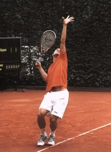 Tennis demands focus, strategy, calm & physical strength -- Rhodiola helps with all of the above. Pictured is Tommy Haas. His serve is almost as good as mine. By Diane Krauss (DianeAnna) (Own work) [GFDL, CC-BY-SA-3.0 or CC BY-SA 2.5-2.0-1.0], via Wikimedia Commons
