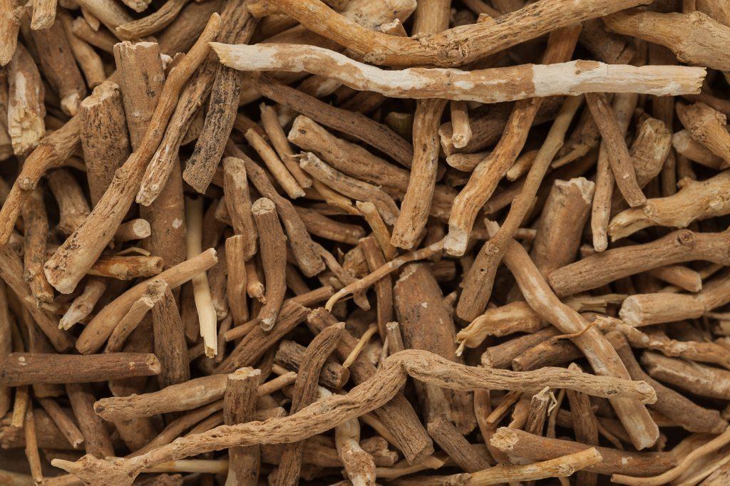 Organic Ashwagandha (Withania somnifera) roots